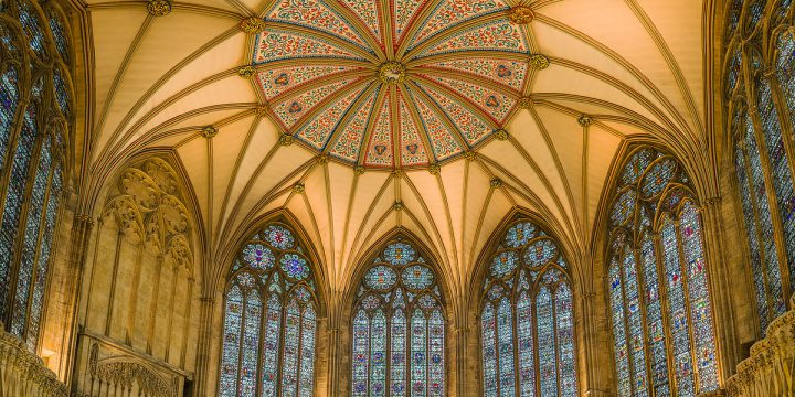 1200px-york_minster_chapter_house_nth_yorkshire_uk_-_diliff